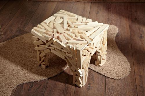 Tavolino fai da te con legnetti di recupero | Guida illustrata