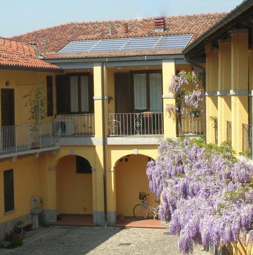 Il tetto a falda da copertura a risorsa con tegole - Copertura a tetto ...