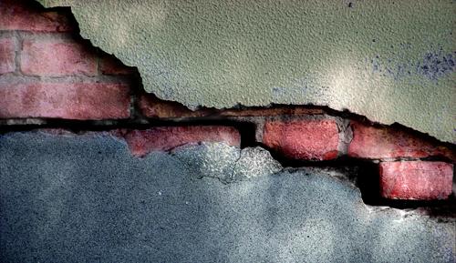 Come valutare la pericolosit delle crepe nei muri - Fai da Te Mania