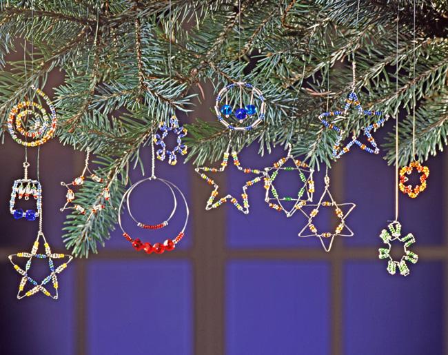 Addobbi fai da te decorazioni natalizie con fil di ferro - Creare decorazioni natalizie ...