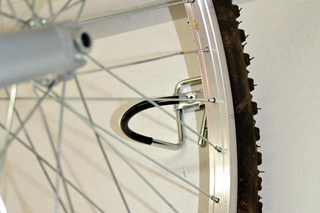 installare i ganci per le bici