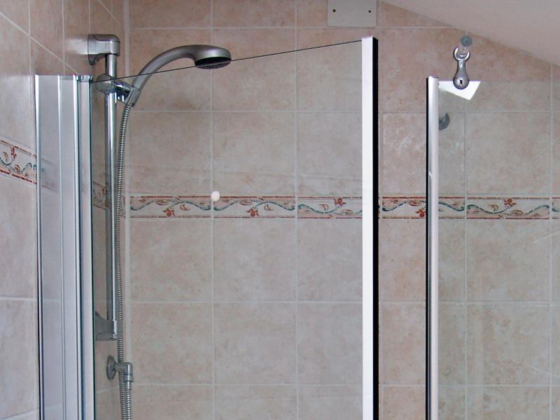 Installare il box doccia bricoportale fai da te e bricolage - Ante per doccia ...