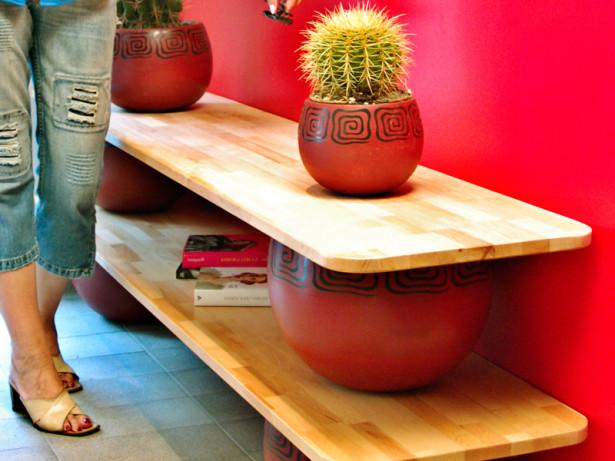 Ripiani su vasi | Una soluzione per l'ingresso di casa