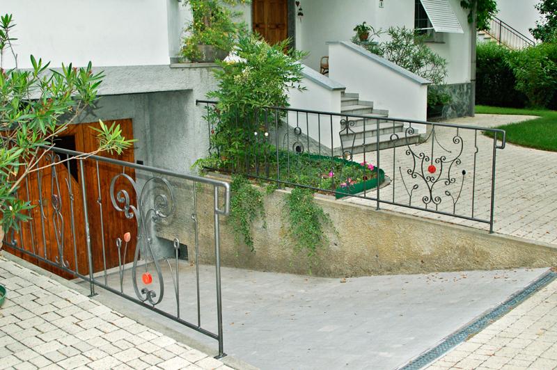 idee per coprire ringhiera balcone simple design scala a