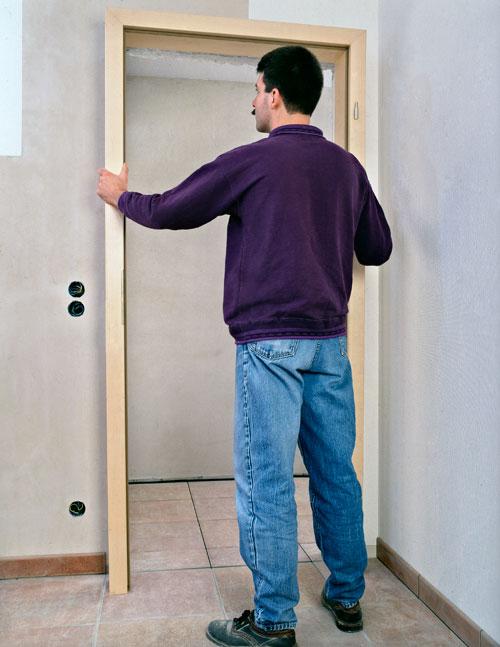 Come montare una porta bricoportale fai da te e bricolage - Costruire una porta a libro fai da te ...