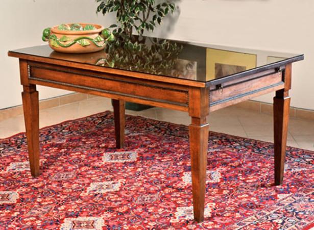 Come restaurare un tavolo