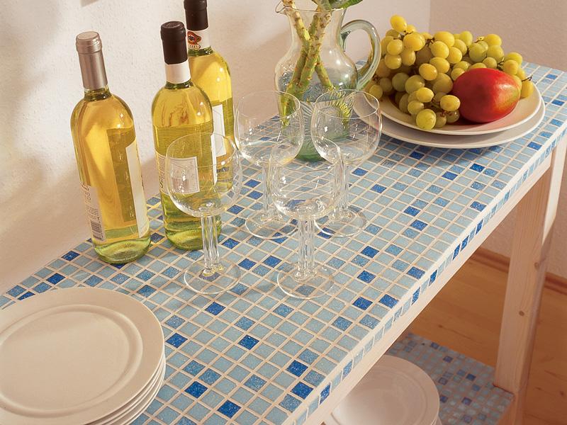 Tavolo con rivestimento a mosaico bricoportale fai da te e bricolage - Top cucina mosaico ...