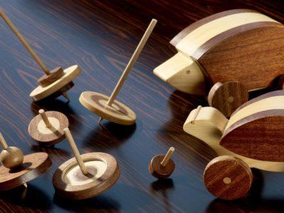 giocattoli di legno