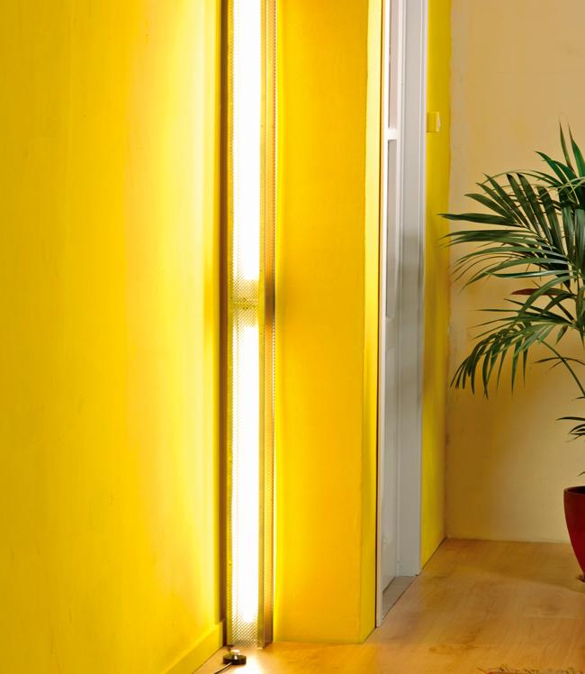 ... te / Lampade e illuminazione / Lampade da parete a neon nella lamiera