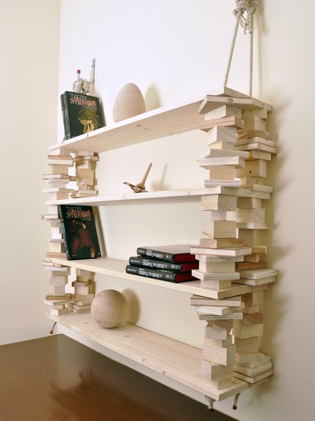 Libreria appesa | Come realizzarla con spezzoni di corda