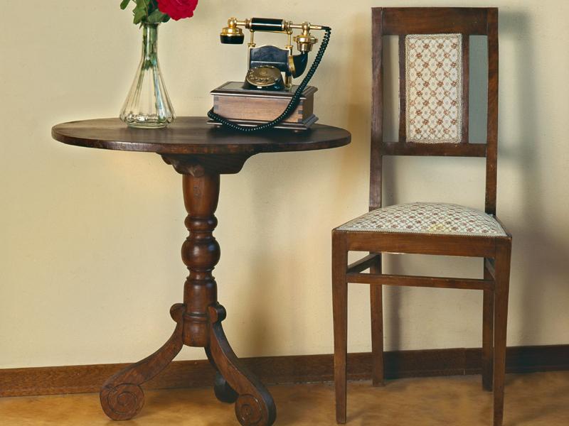 Come restaurare un tavolino bricoportale fai da te e bricolage - Restaurare un mobile in legno ...
