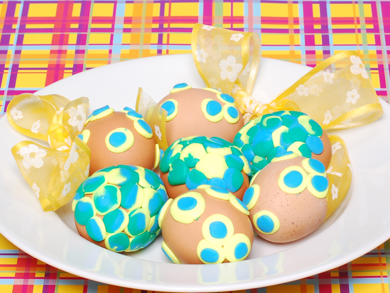 uova decorate con fimo