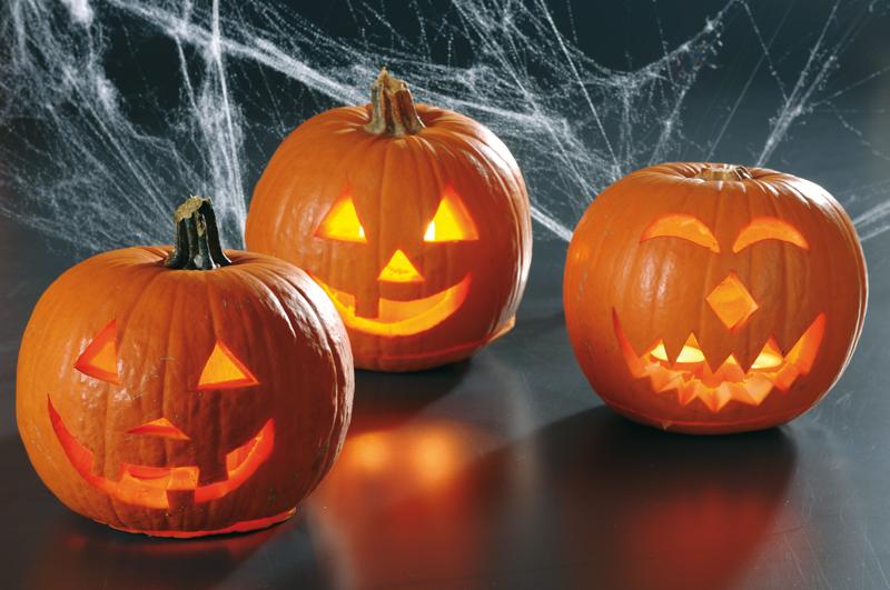 intaglio zucche di halloween