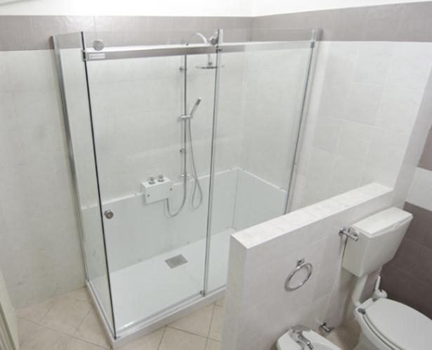 Da vasca a doccia con Grandform