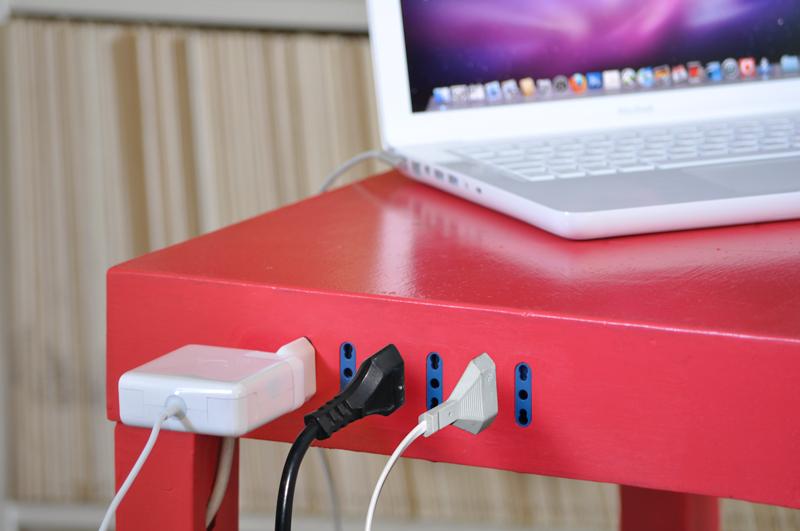 tavolino con elettricità