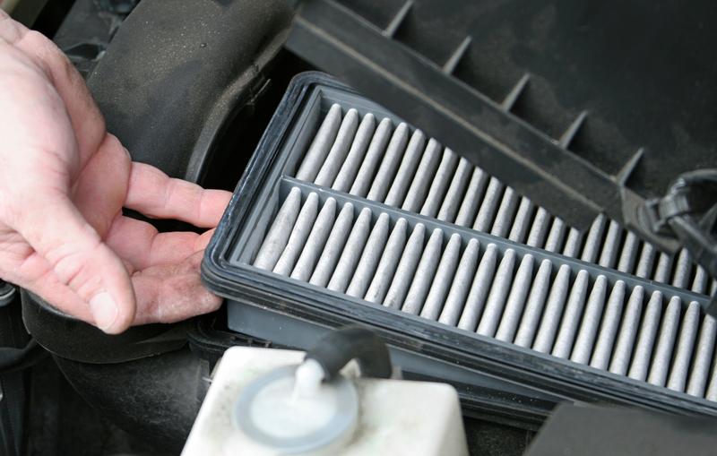 Come sostituire il filtro dell'aria
