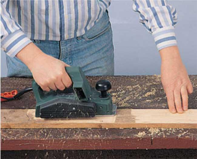 Tavolo con bancali fai da te  Come costruirlo in 19 passaggi