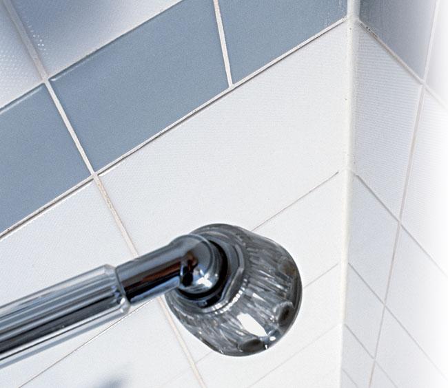 Pulizia fughe piastrelle tutti i segreti bricoportale fai da te e bricolage - Pulire piastrelle bagno ...