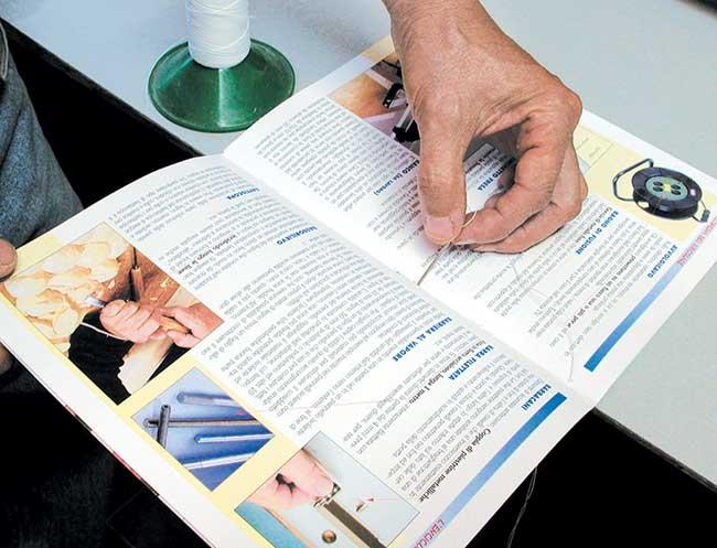 Top Rilegare un libro, fascicoli, fogli e dispense a mano JF48