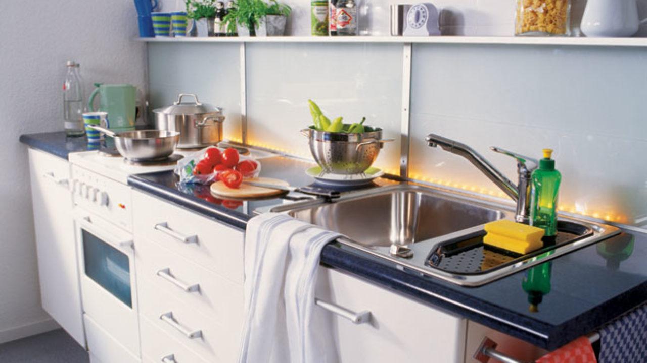 Mastice Per Lavello Cucina.Installazione Lavello Cucina Bricoportale Fai Da Te E