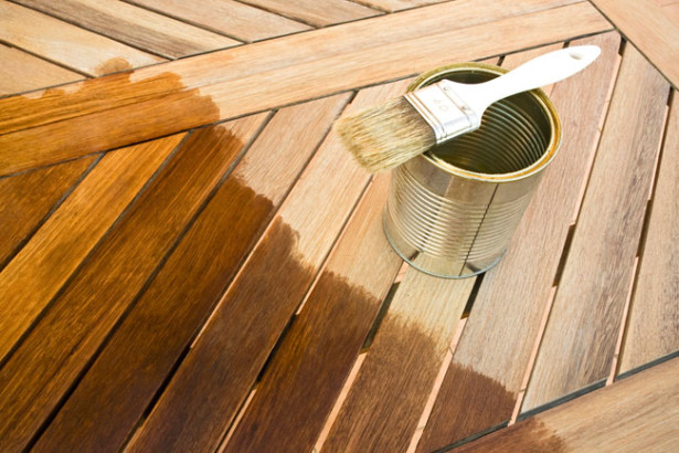 Smalti e vernici per legno | Guida alla scelta e all'uso