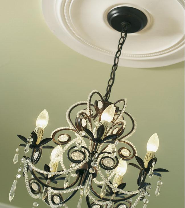 Decorazioni in gesso per soffitti free cornice in gesso - Decorazioni in gesso ...
