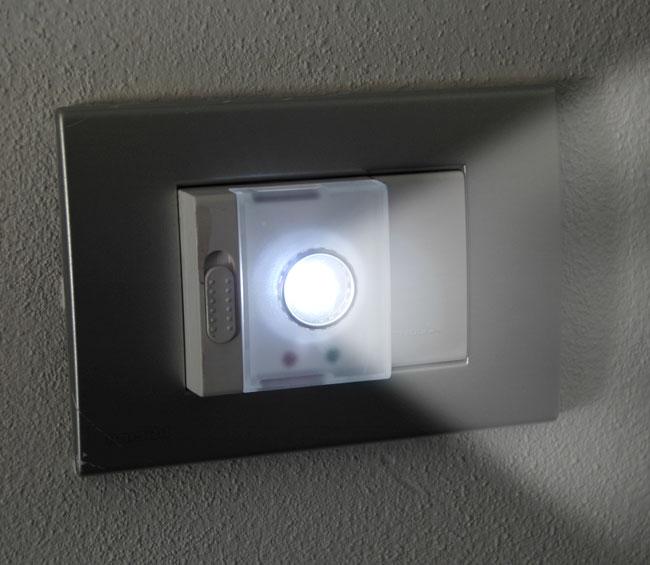 Come installare lampade di emergenza nelle prese di casa bricoportale fai da te e bricolage - Luci di emergenza per casa ...