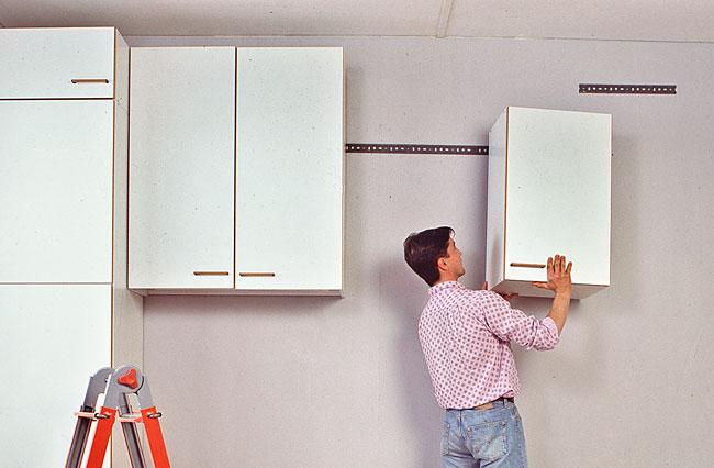 Montaggio pensili cucina bricoportale fai da te e bricolage - Montaggio mobili cucina ...