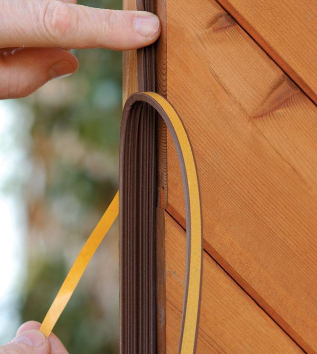 Paraspifferi per porte e finestre bricoportale fai da te e bricolage - Ristrutturare porte e finestre ...