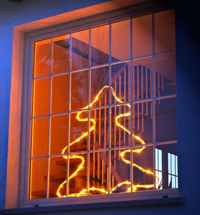 albero luminoso fai da te, albero luminoso, alberello luminoso, Luminarie natalizie fai da te, luci natalizie fai da te, luci di natale, albero luminoso fai da te
