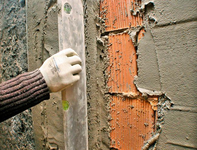 intonacare una parete