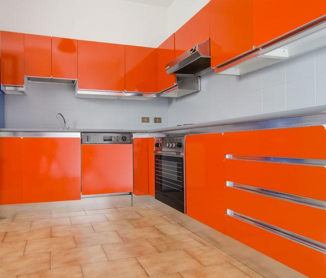 rinnovare la cucina senza cambiarla, rinnovare la cucina, sottosopra, gapi paints, ciclo sottosopra, cucina rinnovata, colorare la cucina, cucina moderna