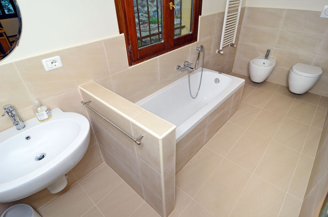 Come realizzare un bagno di servizio in muratura e adeguare il ...