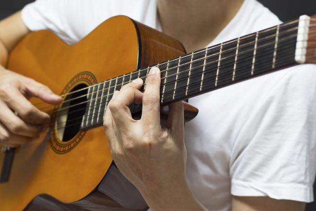 Come costruire una chitarra classica