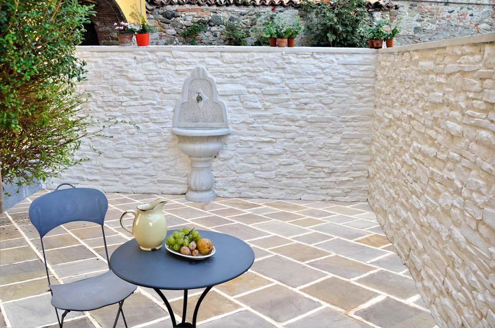 Risanare un muro con pietra tecnica bricoportale fai da - Pitturare una parete esterna ...
