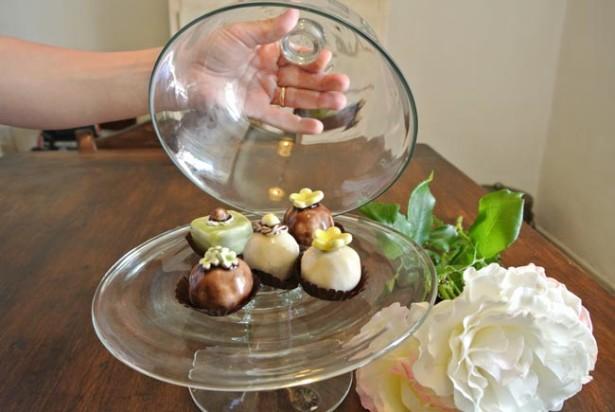 Come realizzare pasticcini di ceramica