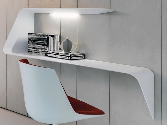 scrivania fai da te design bricoportale fai da te e bricolage. Black Bedroom Furniture Sets. Home Design Ideas