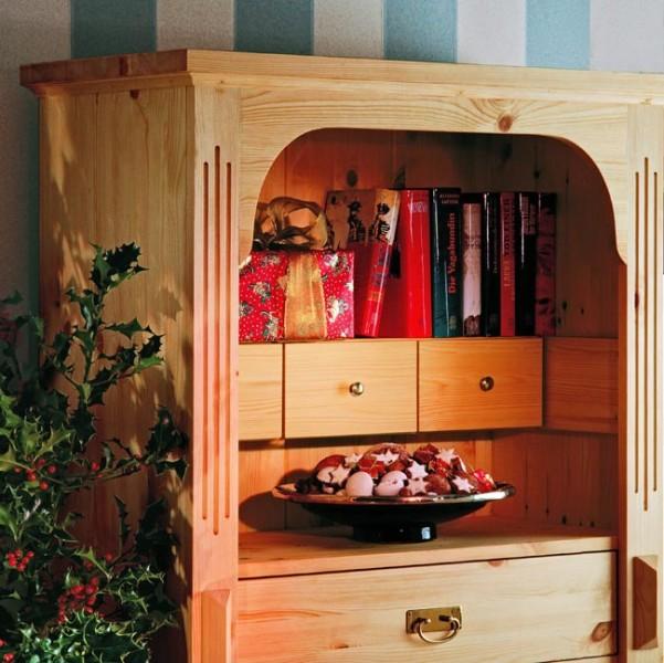 Credenza rustica fai da te in legno d'abete