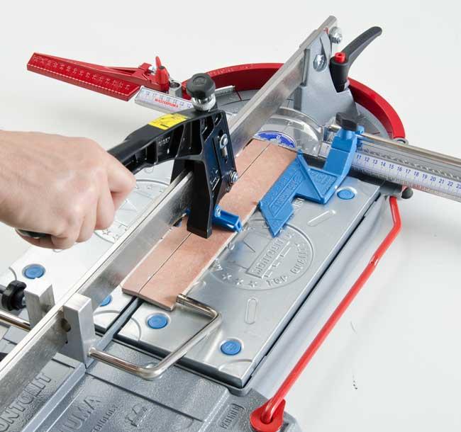 Montolit Baseboard: guida di taglio per tagliapiastrelle