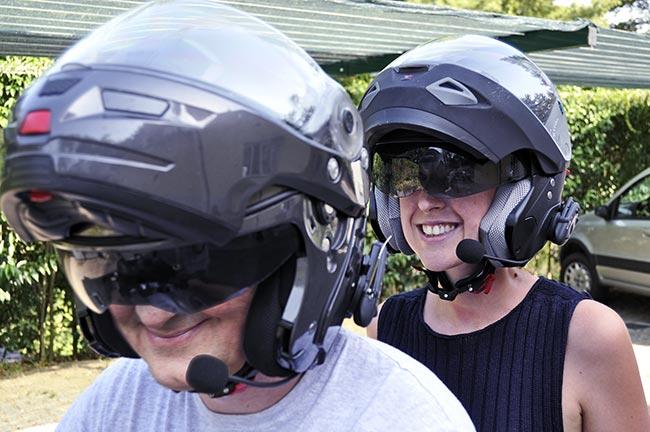Come installare un interfono per casco