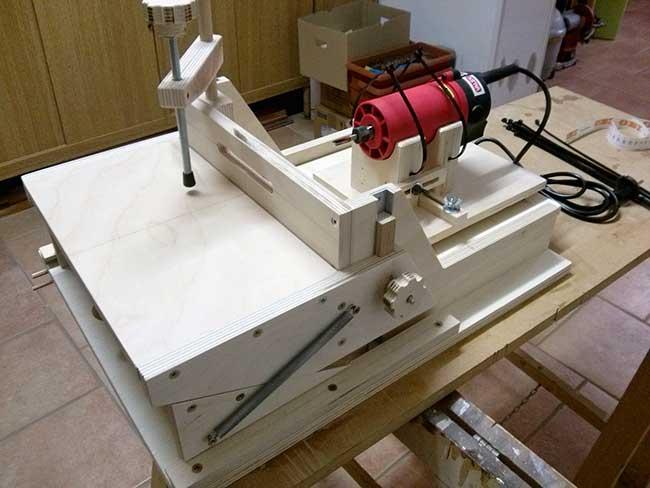 Mortasatrice portatile fai da te tutti i passaggi - Costruire mobili in legno fai da te ...
