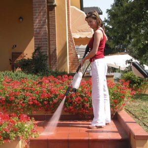 Come pulire pozzetti e gronde