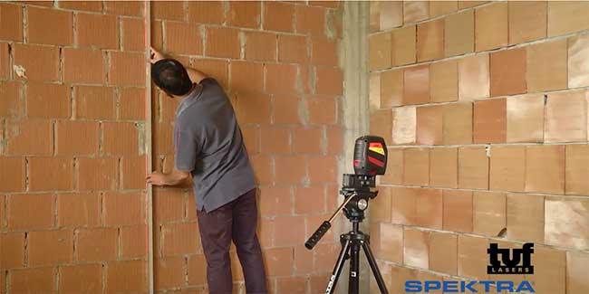 Tracciatore e misuratore al laser Spektra TUF