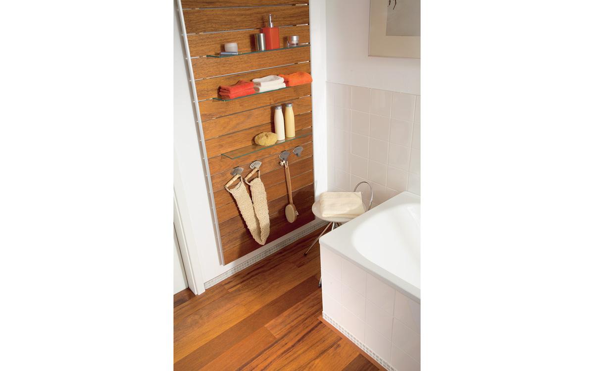 Costruire un portabottiglie da parete bricoportale fai - Mobiletto bagno da appendere ...