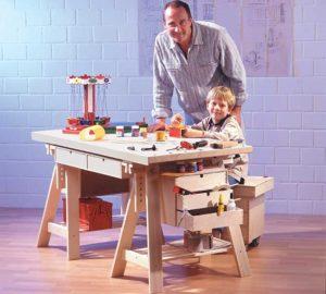 Come costruire un banco da lavoro utilizzando componenti IKEA