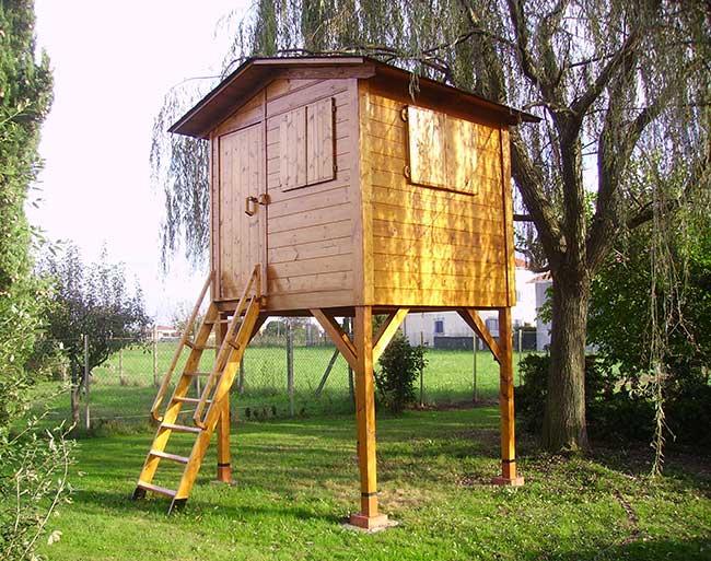 Come costruire una palafitta in legno per bambini