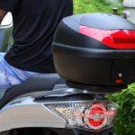 Come montare il bauletto moto in 6 semplici passaggi