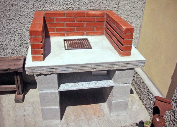 Barbecue di cemento armato bricoportale fai da te e for Cucina giocattolo fai da te