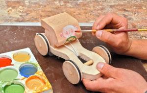 Macchinina in legno: costruzione