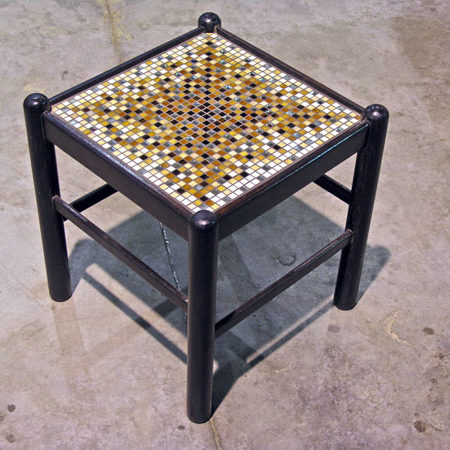 La sedia diventa sgabello